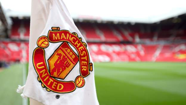 Manchester United financial statement shows £70m loss during coronavirus pandemic